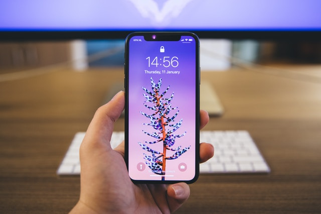 iPhone XS Ekran Değişimi