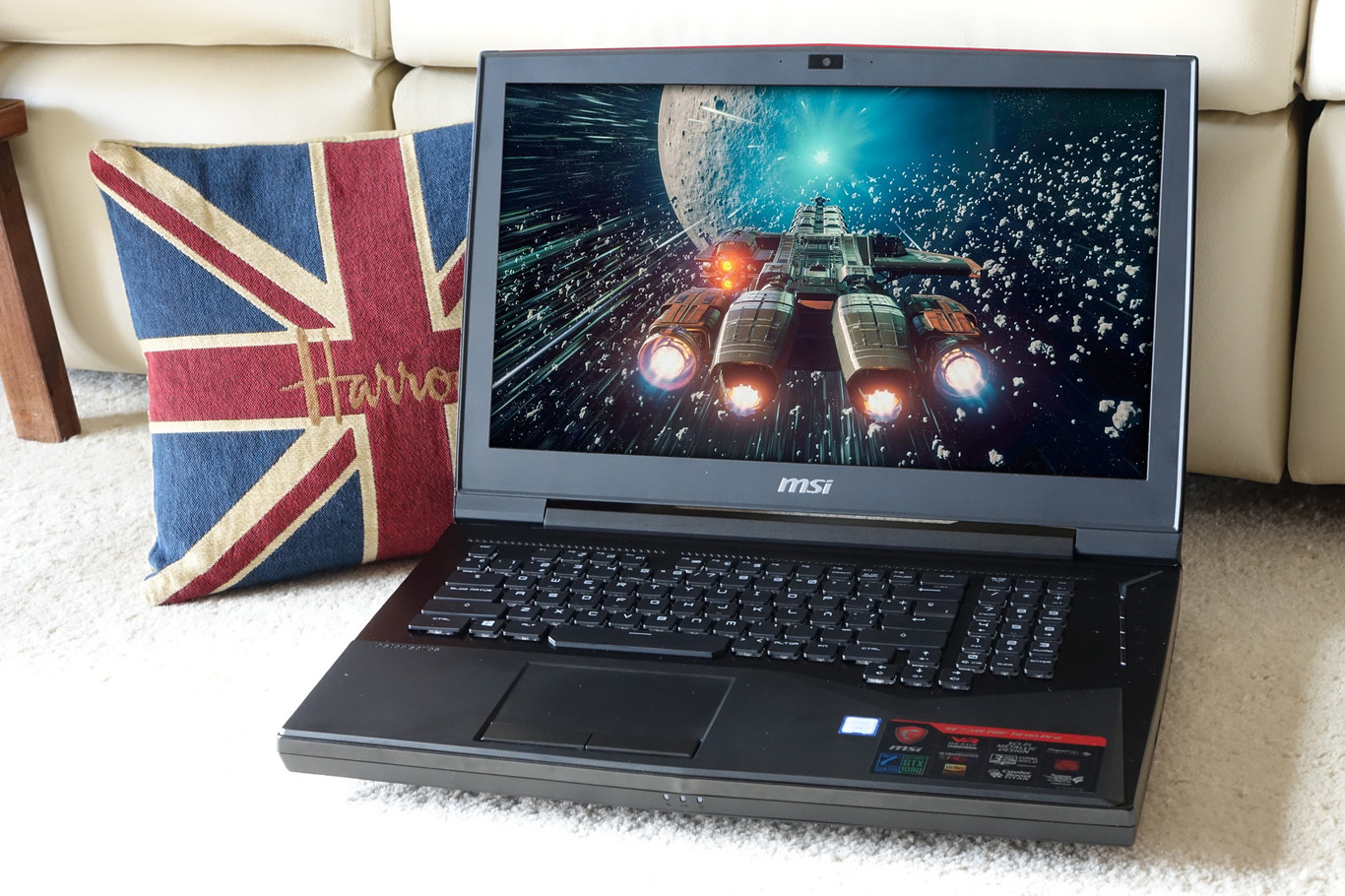 MSI GT75VR 7RF Gaming Notebook