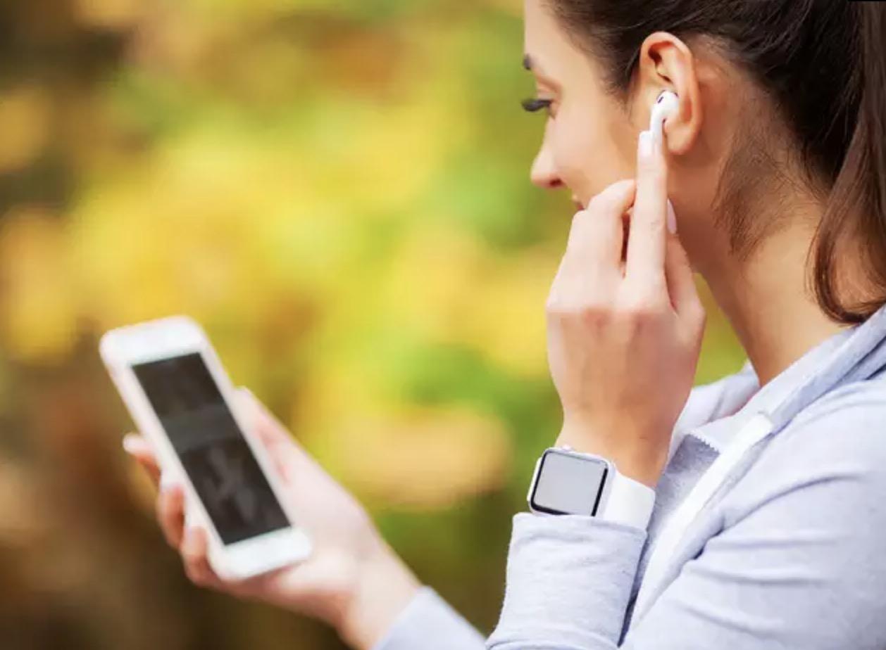 iphone kulaklık temizliği