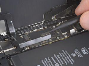 iPhone 11 Ekran Değişimi Adım 10