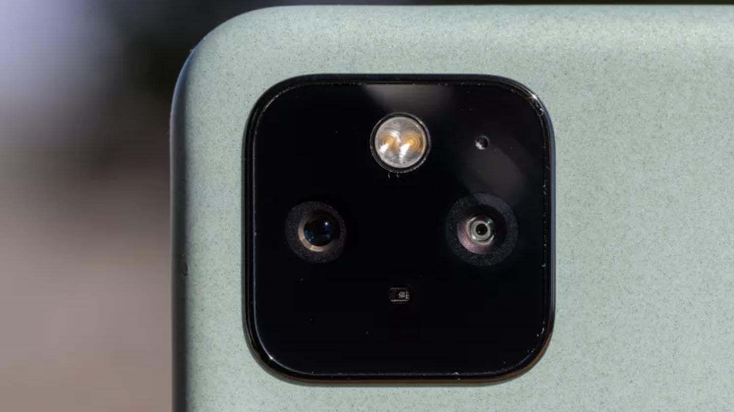 Google Pixel 5 arka kamerası 2021